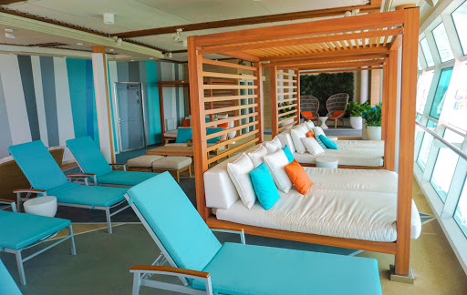 mariner-of-the-seas-cabanas.jpg - Hop into a cabana and take in the passing views on Mariner of the Seas.