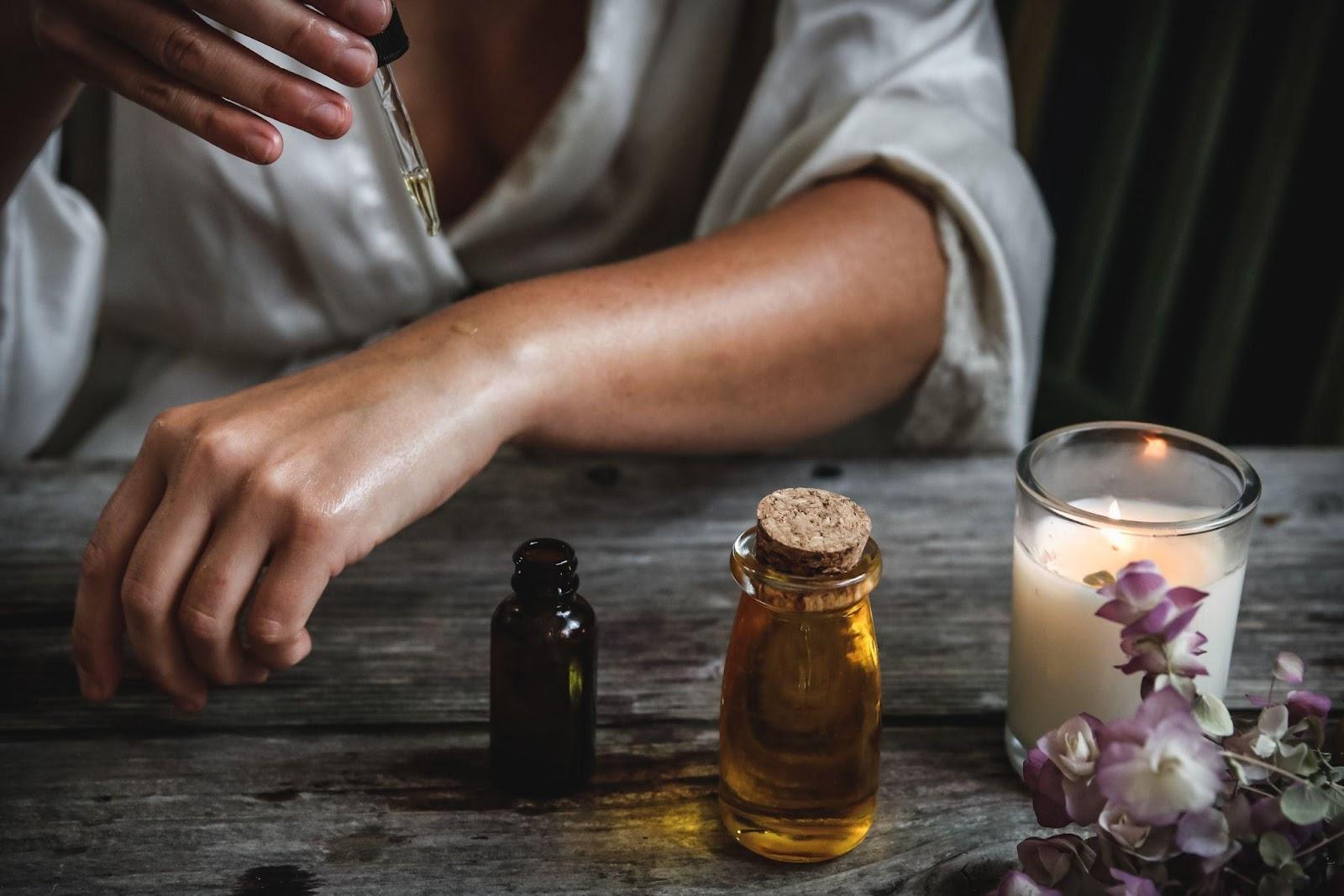 6 Key Tips For Managing CBD Oil For Elderly