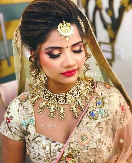 kritids-top-bridal-makeup-artists-in-india_image