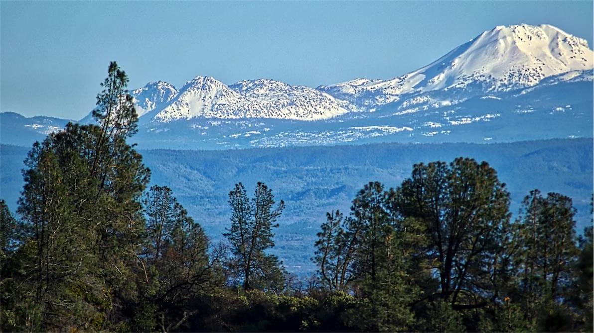 Lassen From Dam Road.jpg