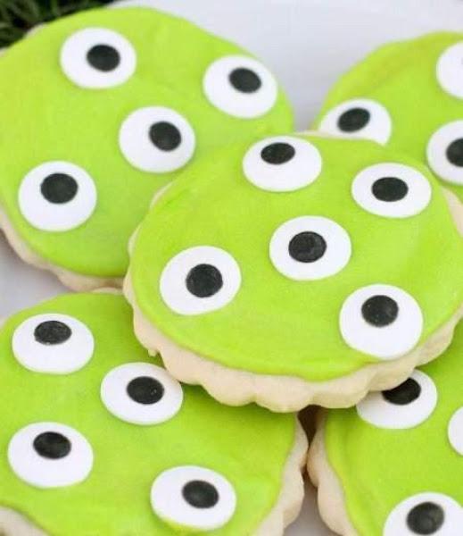 Spooky Monster Eye Sugar Cookies Recipe