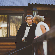 Wedding photographer Vladimir Simonov (Simonov1010). Photo of 13.11.2014