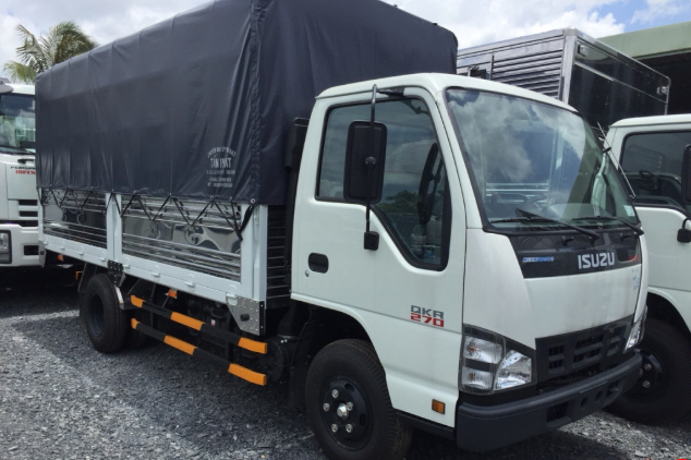 ngoại thất xe tải Isuzu 1t4