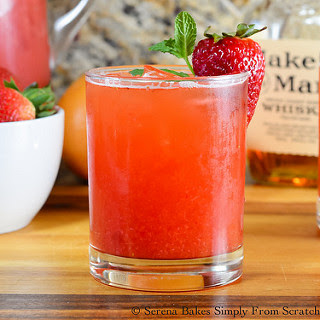 Strawberry Grapefruit Whiskey Iced Tea.