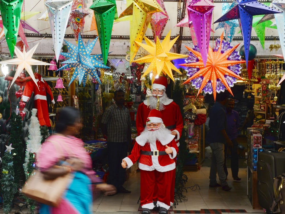 christmas-decor-shopping-in-bangalore_christmas_melas