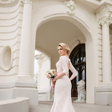 Wedding photographer Olga Bulgakova (OBulga). Photo of 01.12.2017