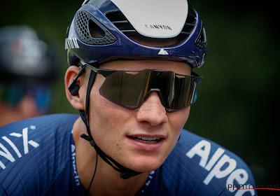 """Van der Poel na etappewinst in Tirreno: """"Verrast dat ik het hier kon afmaken"""""""