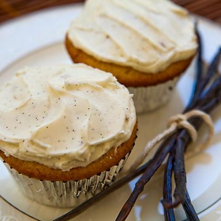 Double Vanilla Cupcakes Recipe