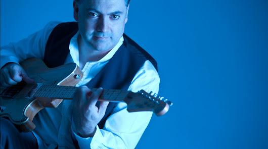 Bandas sonoras en la guitarra de Antonio Gómez a ritmo de Jazz