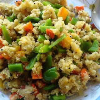 Peppers, Carrot, and Tomato Upma (Savory Semolina Porridge)