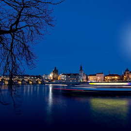 Prague night lines by Jiri Cetkovsky - City,  Street & Park  Night ( kampa, lines, night, boat, prague )