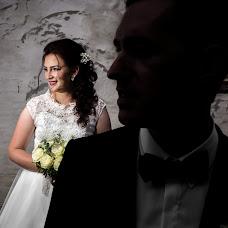 Wedding photographer Vladut Tiut (tiutvladut). Photo of 21.11.2017