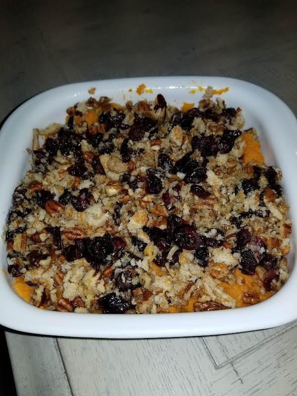 Cranberry Streusel Sweet Potatoes Recipe
