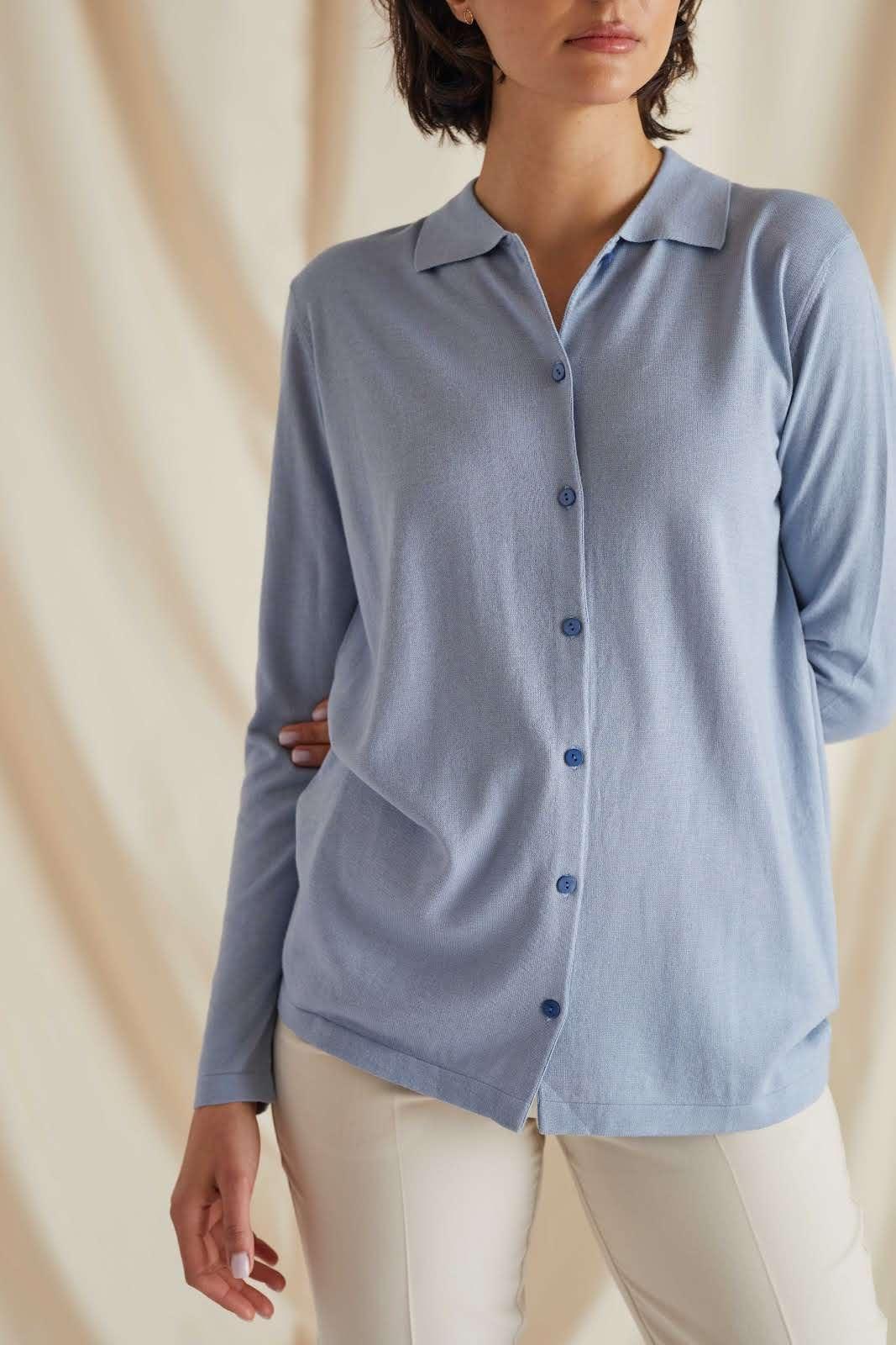 Fine Knit Buttoned Shirt