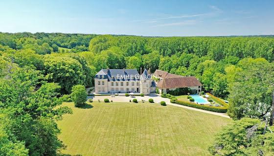 Vente propriété 20 pièces 2200 m2