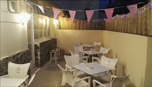 Chispa's. Parque De Bolas Y Cafetería