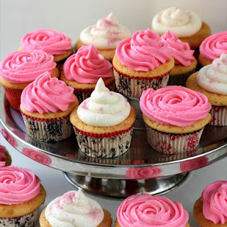 Marshmallow Buttercream Frosting
