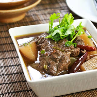 Sichuan Spicy Beef Stew (紅燒牛肉).