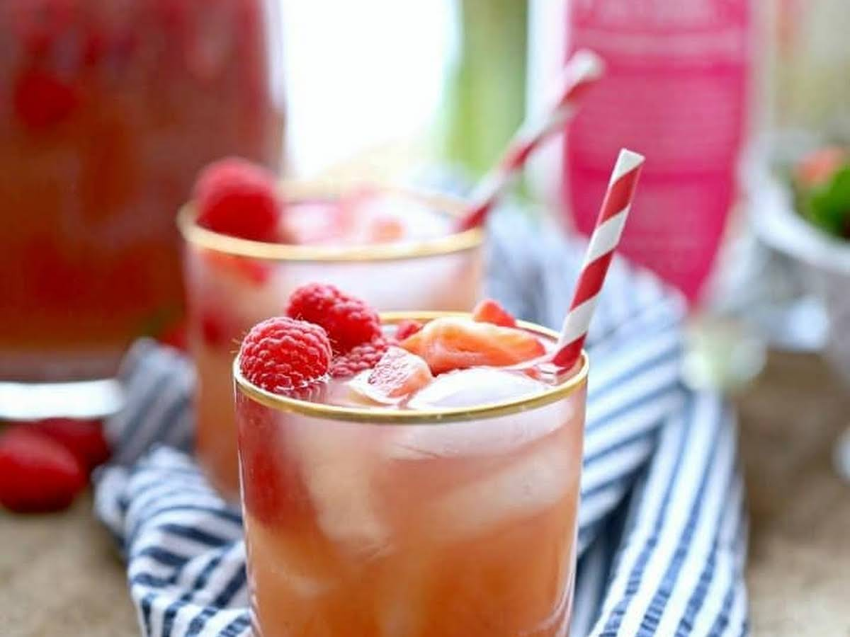 Red Berry Vodka Drinks Recipes Yummly