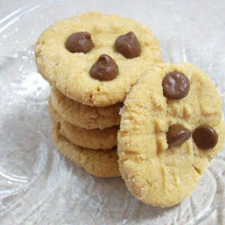 Quick and Easy Peanut Butter Cookies.