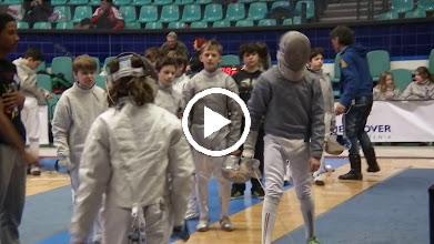 Video: Quinton in de poule tegen ...