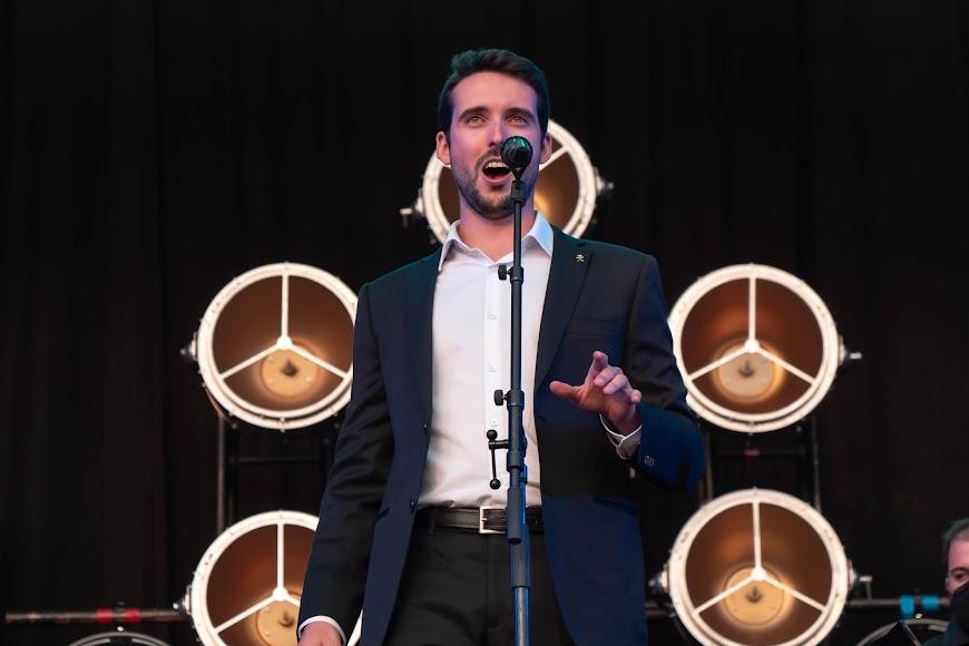 El tenor emocionó al público con una sensibilidad y elegancia extraordinarias