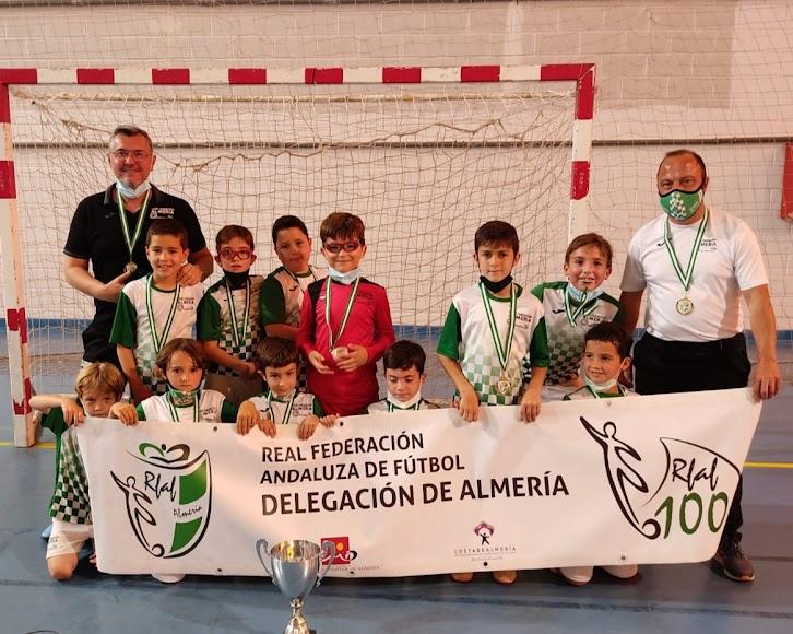 Natación Almería es campeón prebenjamín.