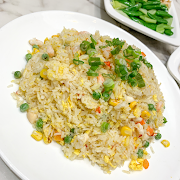 L8. Fried Rice with Seafood and Garlic 蒜香海皇炒飯