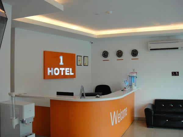 1 Hotel Mahkota Cheras