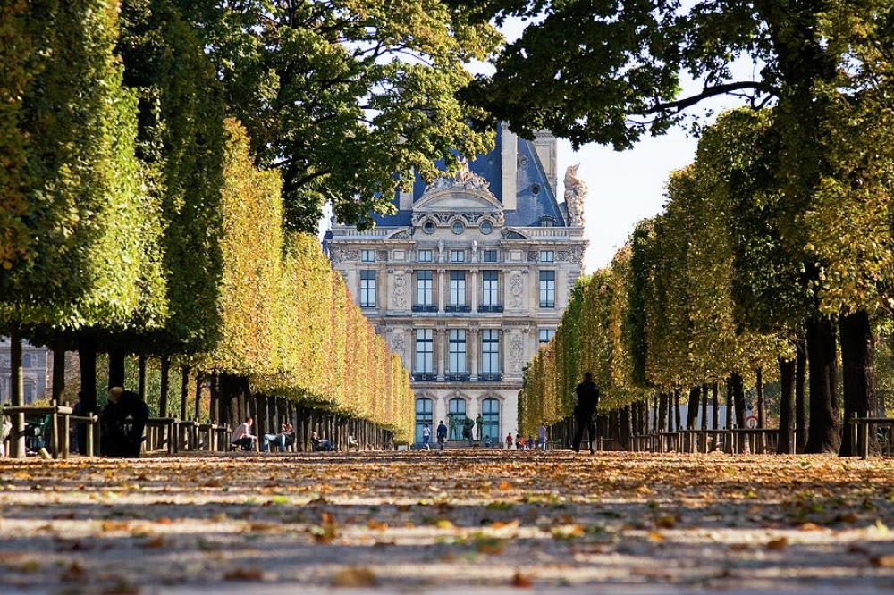 Лувр - Архитектурный маршрут по Парижу - лучшие архитектурные достопримечательности Парижа с фото, различные архитектурные стили Парижа, путеводитель по городу