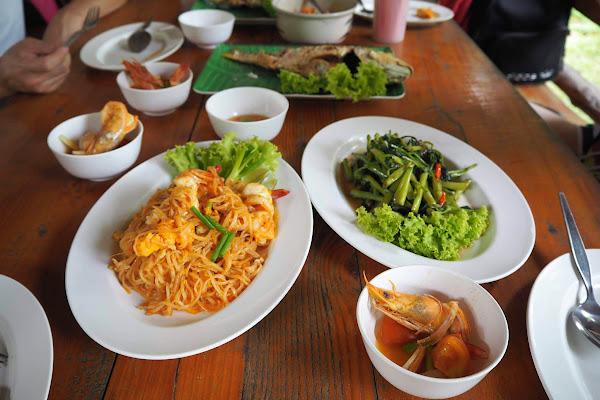 Enjoy a lunch in a local restaurant on Koh Yao Yai