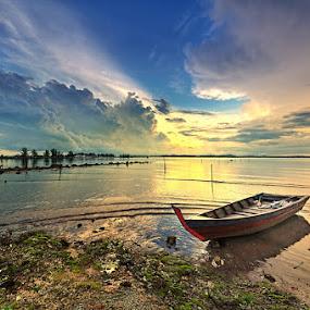 Rising Sun by Arief Wardhana - Transportation Boats
