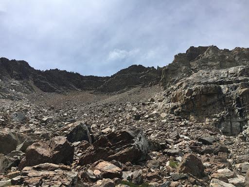 Never ending talus while descending Piute Mountain