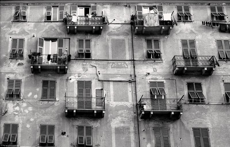 Photo: Bogliasco, Genova, Italy. Leica M2 + Voigtlander 35mm f/1.7, Ilford Pan-F Plus