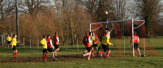 Photo: 06/12/08 v Risborough Rangers (B&BIC3) 6-2 - contributed by Martin Wray