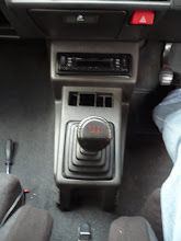 Photo: Renault 5 GT Turbo Console fitted in replacement of Campus Console.