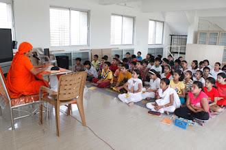 Photo: Pujya Mataji taking Prathmik class