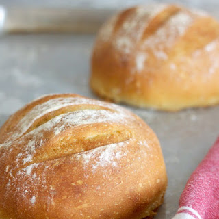 Crusty No-Knead Bread (with salty honey butter)..
