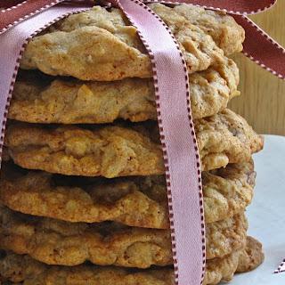 Oatmeal Cookies with Dried Cranberries & White Chocolate
