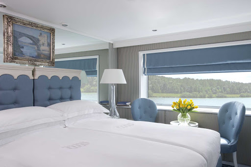 River-Empress-Category-2-Stateroom.jpg - Luxuriate in a Category 2 Stateroom aboard River Empress from Uniworld.