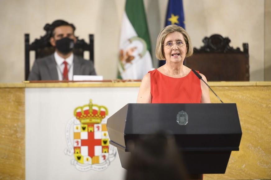 La oradora de esta edición, María Dolores Durán, profesora e investigadora.