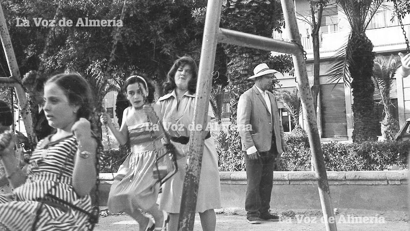 El 'Tubarro' en una foto de los primeros años setenta en la zona de los columpios del Parque Infantil, cerca del bar La Marina.