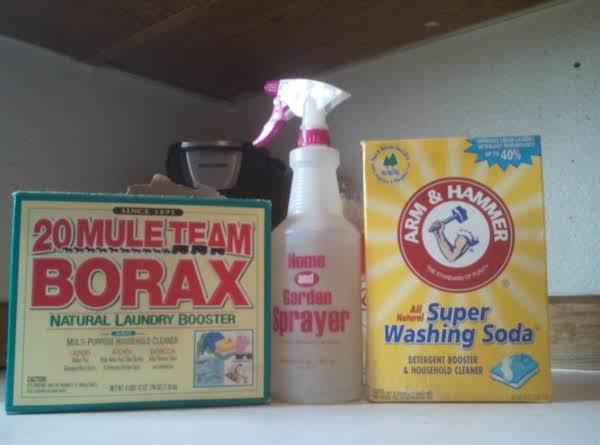 Homemade all purpose spray cleaner