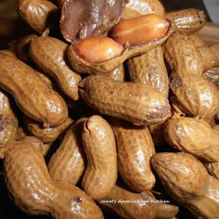Crock Pot Cajun Hot Boiled Peanuts