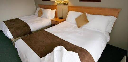 The Hillcrest Hotel - a Coast Resort