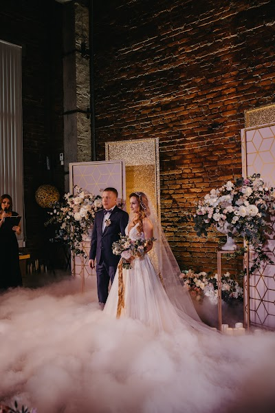 Wedding photographer Marina Leta (idmarinaleta). Photo of 18.03.2019