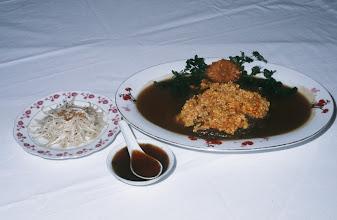 Photo: 04604 広州市/絆渓酒家/点心/牡丹紅扒生翅/フカヒレの煮込みにカニの肚子をそえたもの