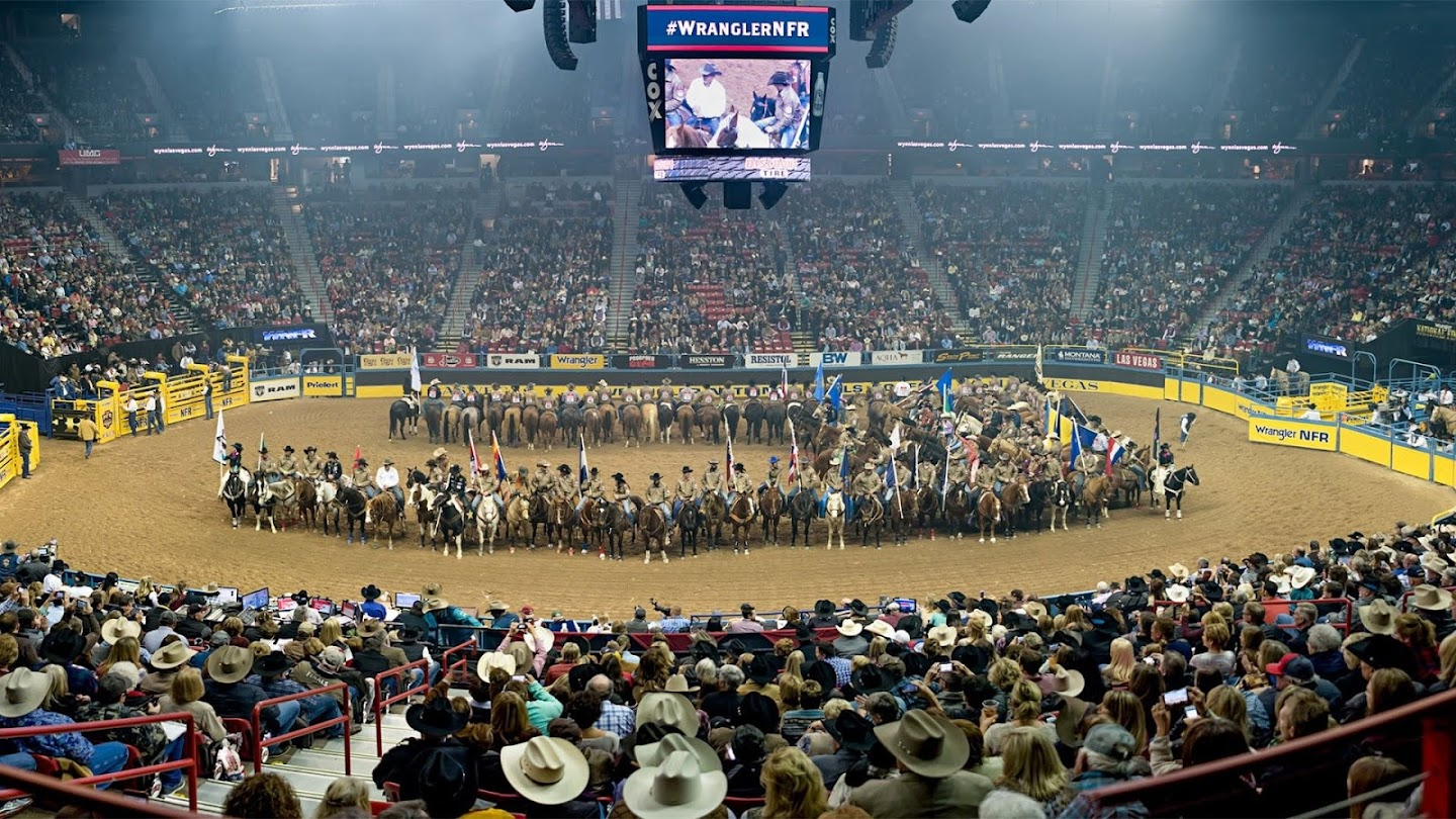 Watch 2017 WNFR: Preview Show live