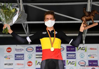 Ondanks dat hij op tien jaar oude fiets reed was Wouters nog de sterkste op BK tijdrijden