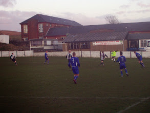 Photo: 13/04/06 v Cammell Laird (NWCL1) 1-3 - contributed by Mike Latham